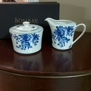 BOMBAY cream and milk set